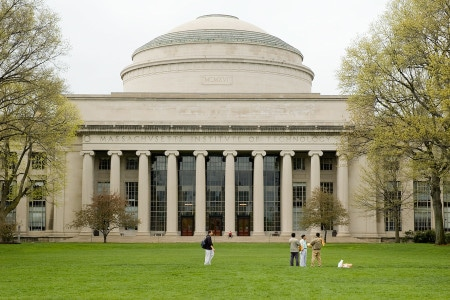 Instituto Tecnológico de Massachusetts (MIT) - MEJOR universidad del mundo